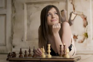 Наталья Погонина гроссмейстер (2004) среди женщин, международный мастер(2002) среди женщин
